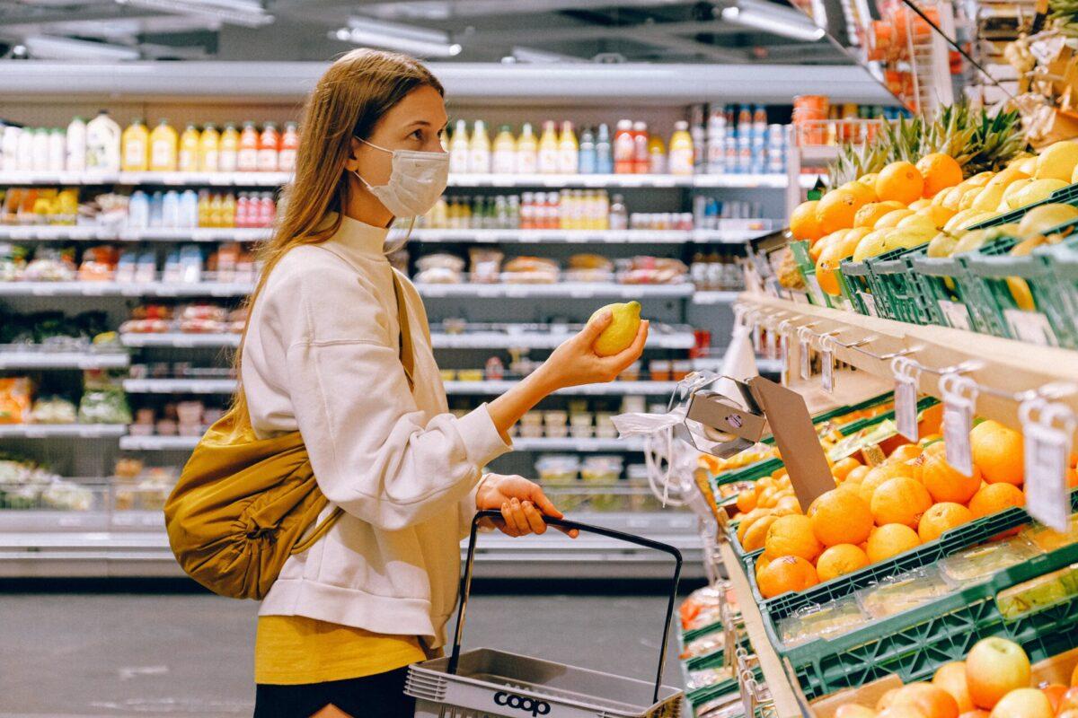 woman shopping in ShopRite on Long Island